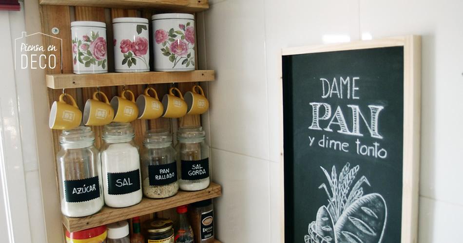 pizarra decorativa con chalk paint para tu cocina